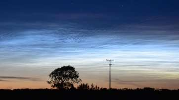 noctilucent clouds Llanelli AMorris 21Jun2019